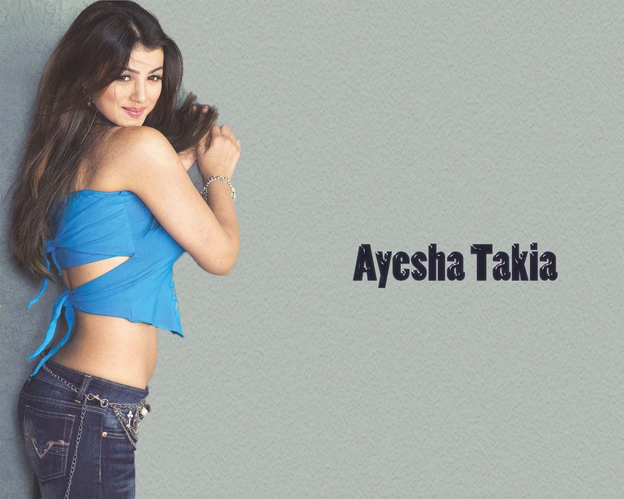 Nice see ayesha bikini in takia class!