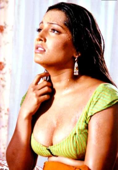 Meghna naidu boob