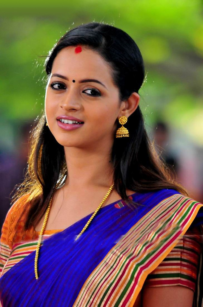 South Indian Actress Bhavana Hot Pictures  Puredesipics-3199