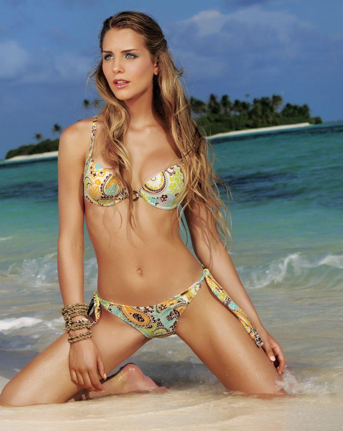 Hot for words bikini